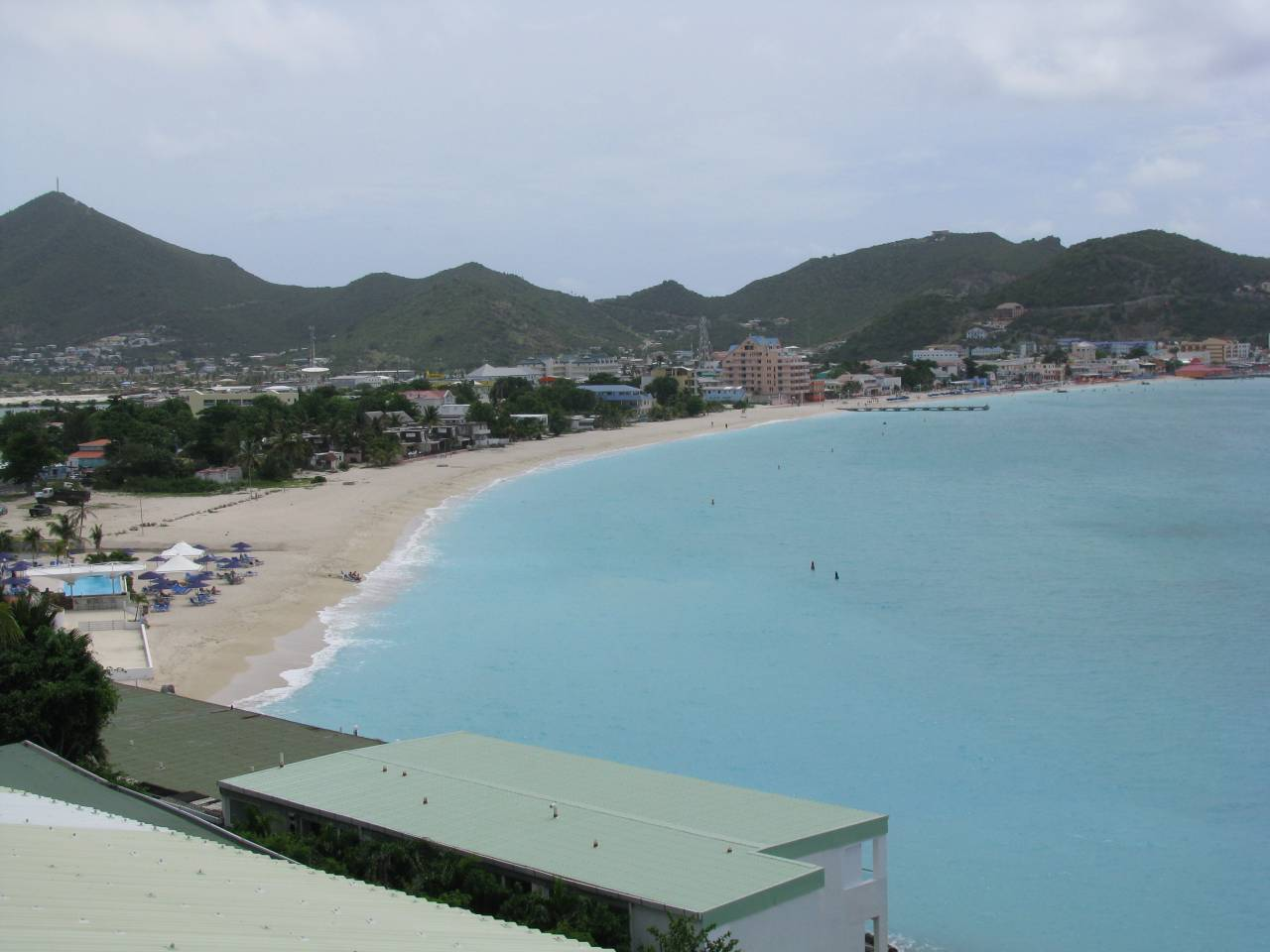 """""""view of beach I walked along to get to the cache"""""""